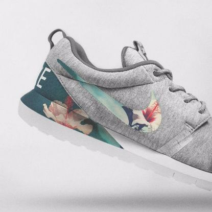 73de04992532 Nike Floral Roshe Customized Running Shoes